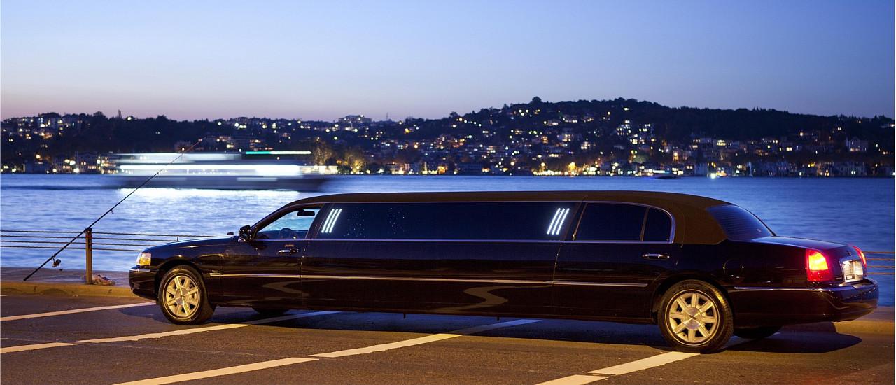 Lexus Taxi